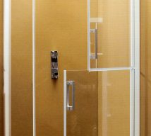 KINEMAGIC EASY ACCESS SHOWER CUBICLE (2)